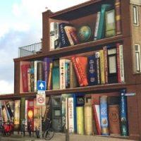 Il Murales di Utrecht che sembra una libreria